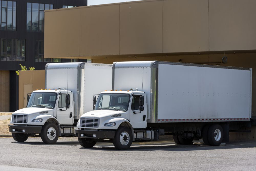 Do Truckers Need A CDL License To Drive Box Trucks