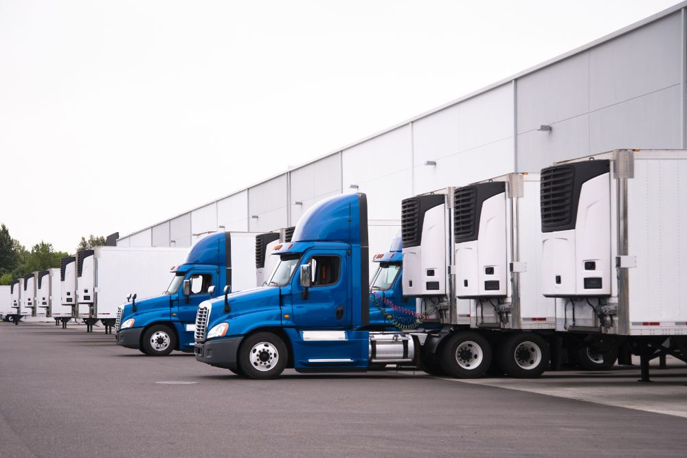 What Is The Difference Between A New And Used Heavy Truck