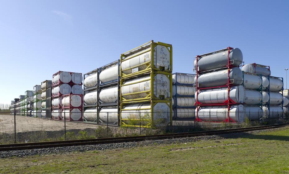 Dry Bulk Tanks